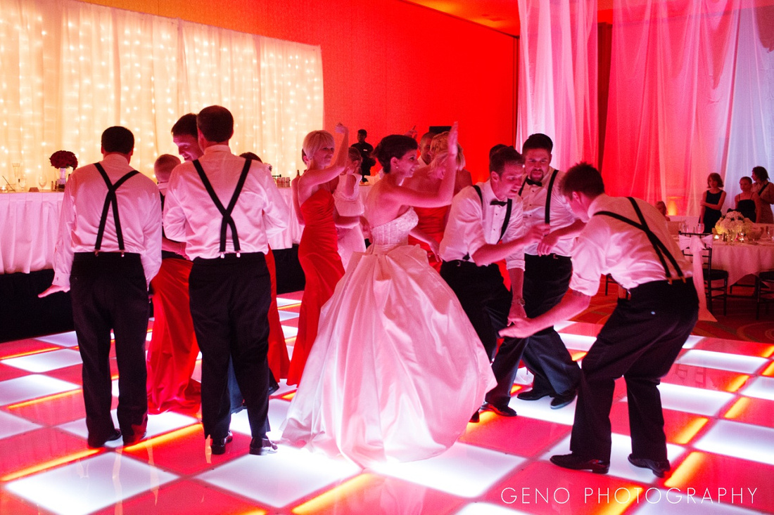 coralville-marriott-wedding-light-up-dance-floor